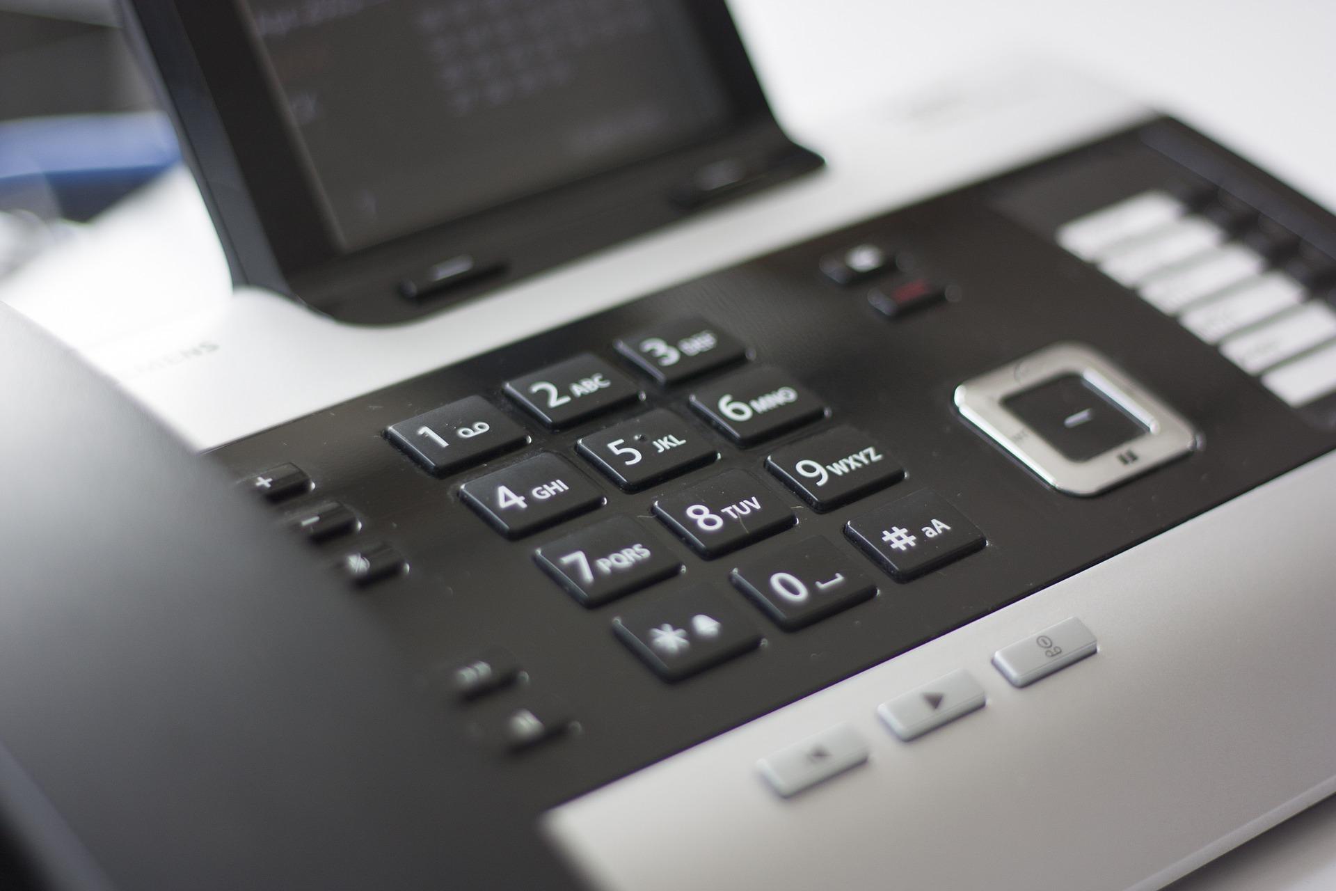 phone-1074238_1920